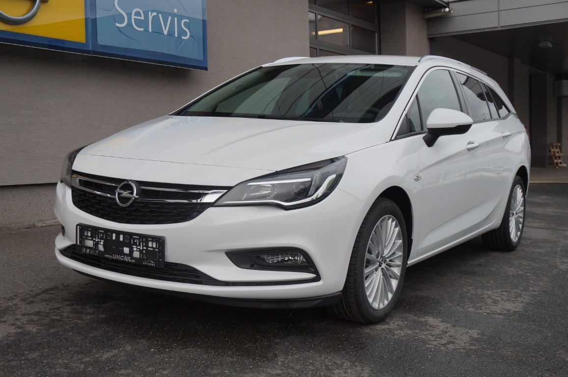Opel Astra INNOVATION ST 1.4T MT6