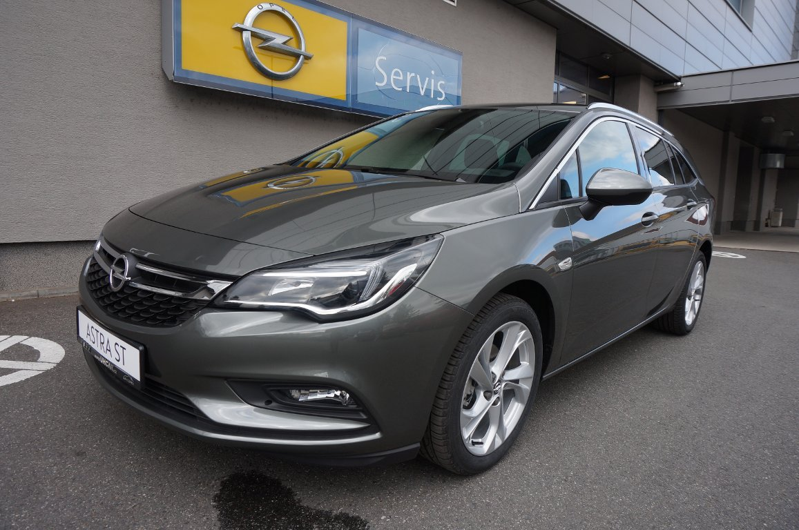 Opel Astra INNOVATION 1.4T 92kW