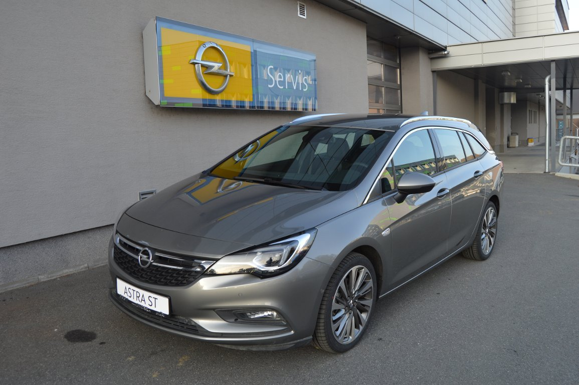 Opel Astra ST INNOVATION 1.6 Turbo