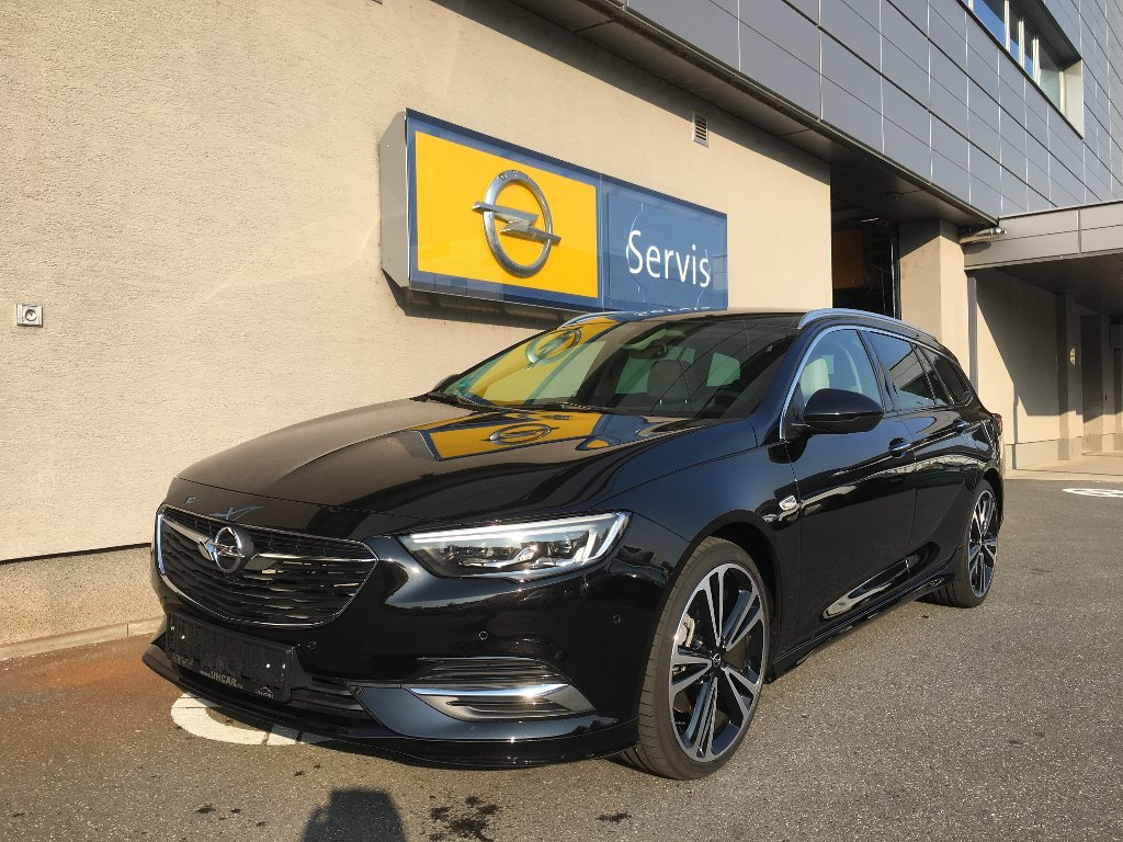 Opel Insignia EXCLUS 2.0CDTI BiTURBO AT8 4x4